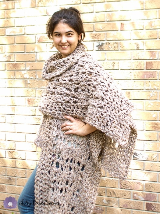 Quick Crochet Poncho Free Pattern The Chunky Clamshell
