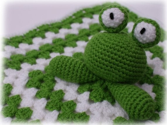 adorable crochet baby frog lovey pattern
