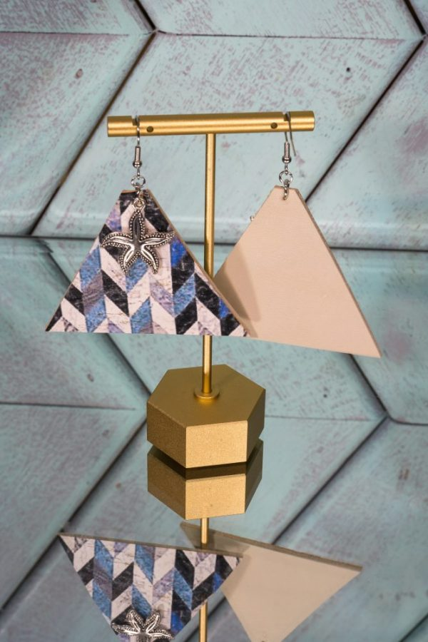Front/ Back herringbone blue with starfish triangle
