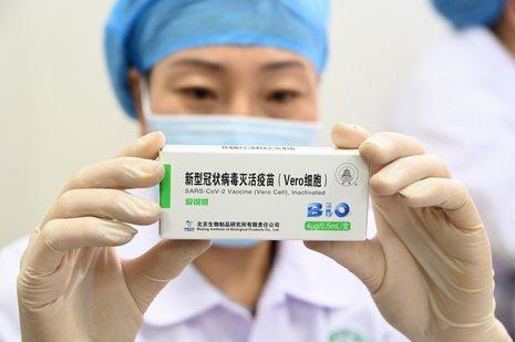 Por qué es cara la vacuna de Sinopharm? - Salud con lupa