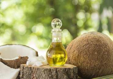 9 usos y beneficios del aceite de coco para la belleza