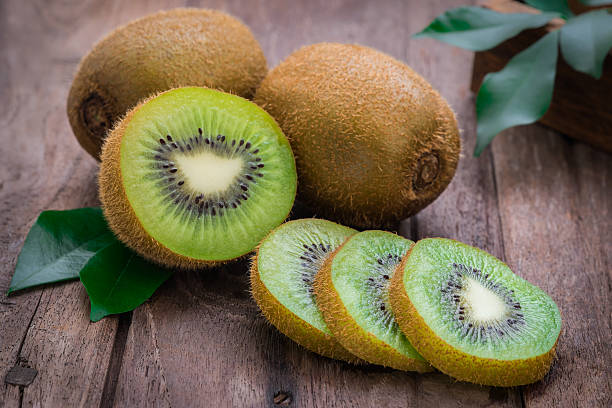 beneficios de tomar kiwi