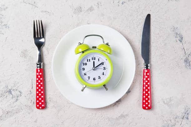 comer siempre a la misma hora