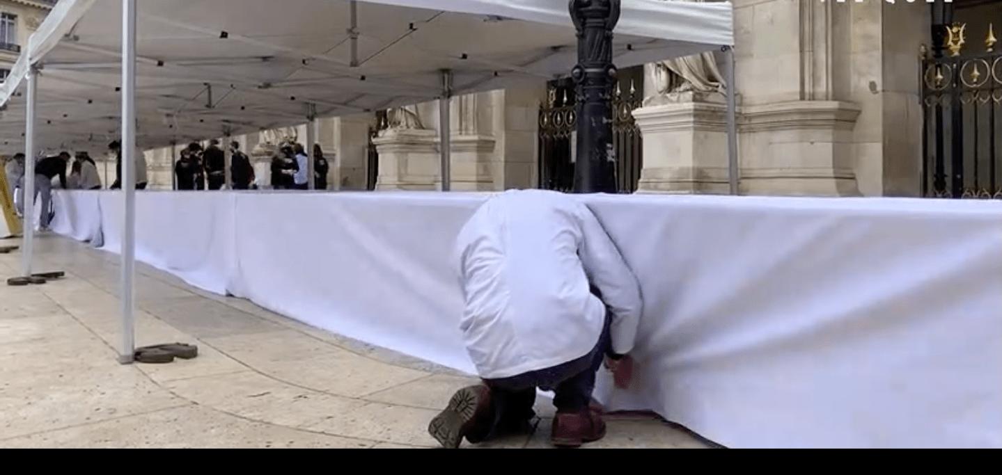 Парижские кондитеры за три дня создали самый большой в мире торт «Опера»
