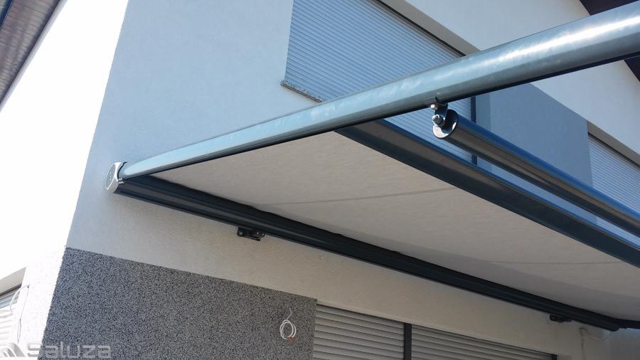 Pergolino szara konstrukcja, jasny material do budynku - saluza.eu