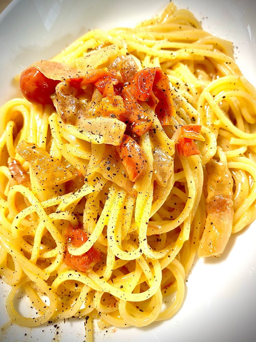 Recipe: Spaghetti with Guanciale Ham, Tomato and Provolone.