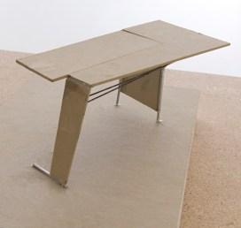 Tisch Sam Kristina