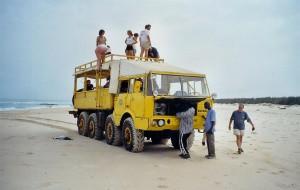 Notre camion en panne le long de la grande côte...