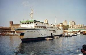 Le Joola dans le port de Dakar en 2001