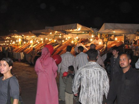 Place Jemaa-el-Fna en soirée