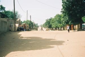Rue sablonneuse de M'Bour