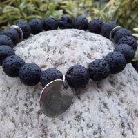 Bransoletki z lawy wulkanicznej z monetką