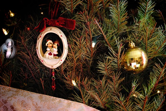 disney-christmas-ornament-minnie-mickey
