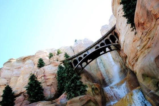 california-adventure-radiator-springs-racers-bridge