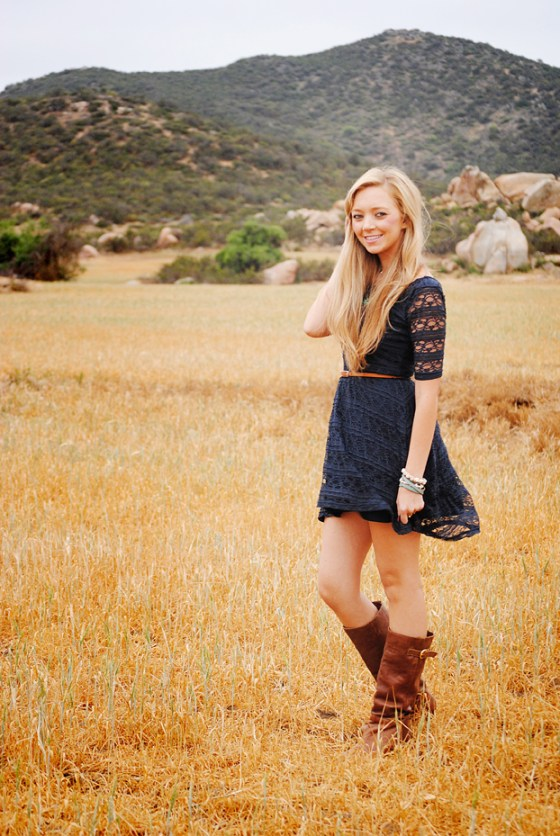 kristie-csusm-senior-portraits-menifee-fields_0649
