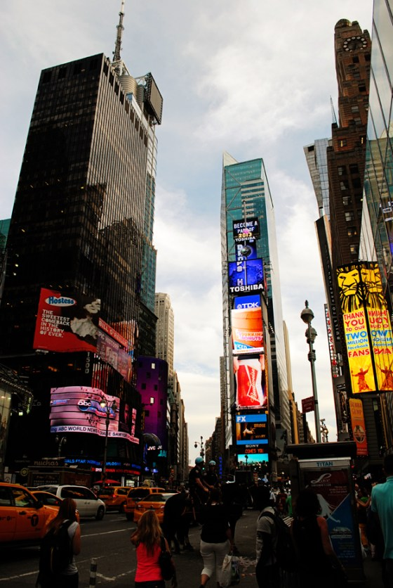 new-york-city-vacation-trip-times-square