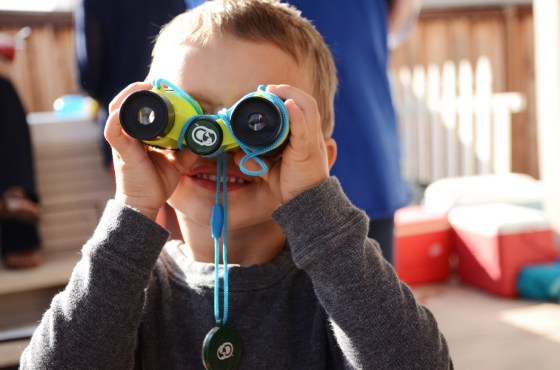 owen turns 2 hudson binoculars 72