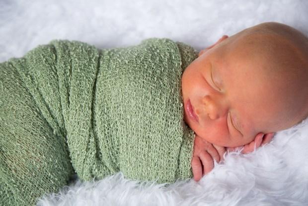 Newborn Photography Isaiah allen-7812