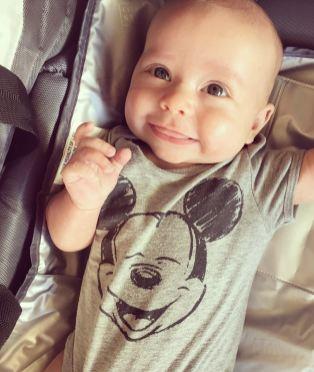 isaiah-4-months-disneyland-smile