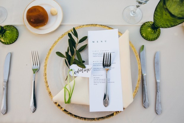 Sam Allen Creates Handwritten Name Tag placecards, photo by vacay photo