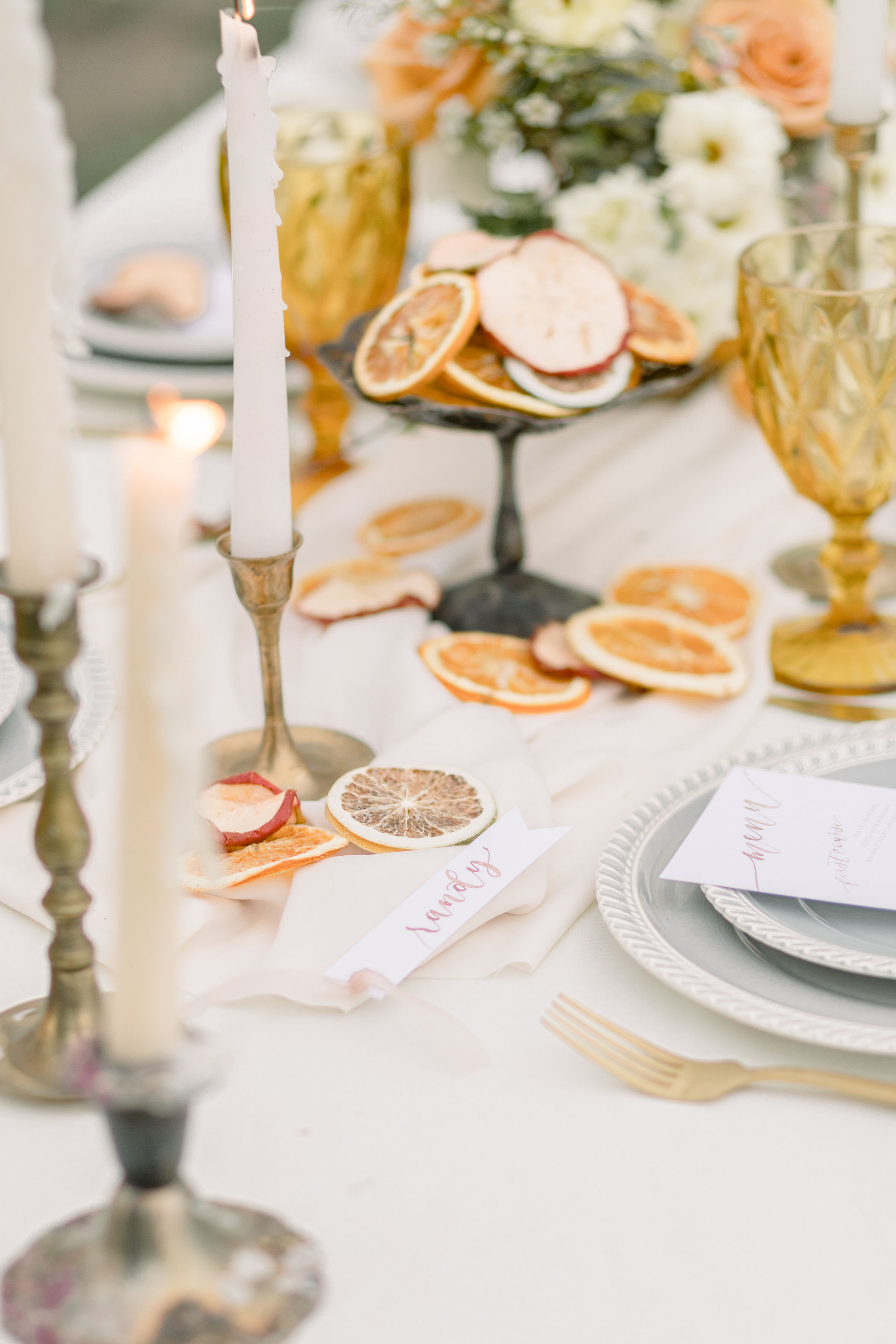 StephanieWeberPhotography-Brown Wedding Reception Tablescape – Watercolor Placecard and Menu