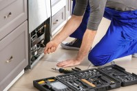 Licensed electricians near Springfield