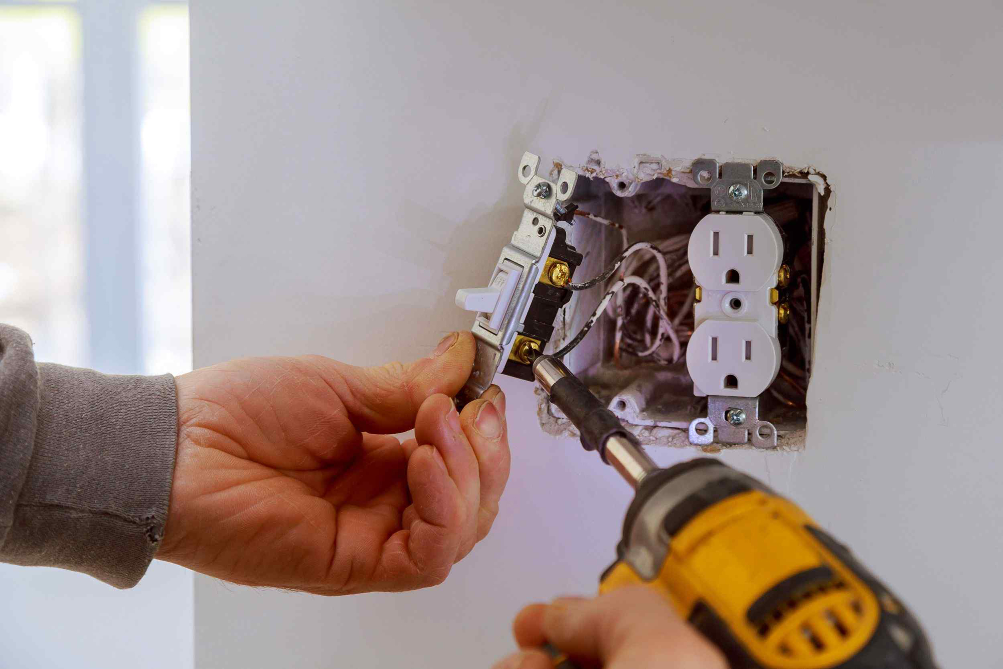 licensed electricians in Northern Virginia