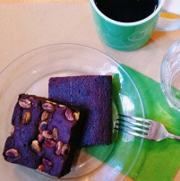 Filtered coffee and brownies