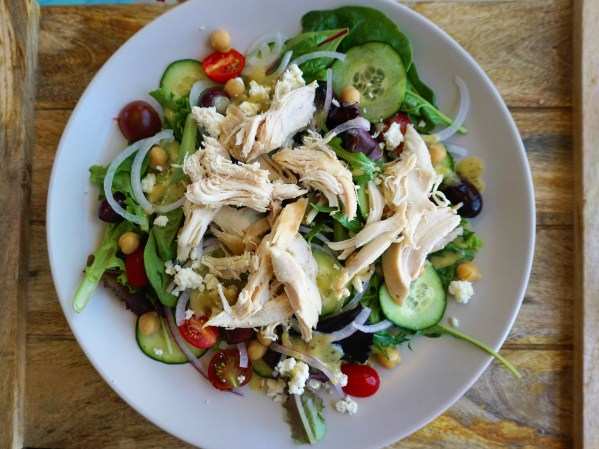 healthy easy greek salad chicken