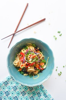 gluten free low carb healthy dinner peanut shrimp noodles