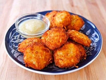 Crispy-Panko-Potato-Latkes600
