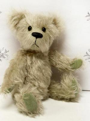 Fern by Bear Bottom Heirloom Bears