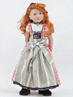 Agnes, Junior Doll