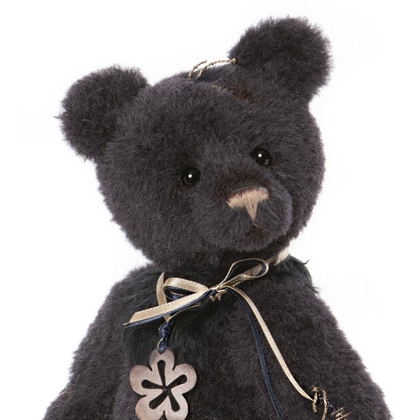 Richard - Isabelle Bears Collection