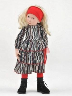Elina, Junior Doll