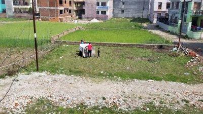 काठ्मान्डु लकडाउनमा, कोहि घरमा, कोहि छतमा, कोहि खेतमा: Photo feature