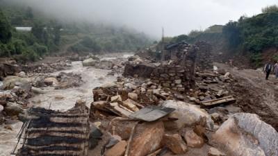 प्राकृतिक प्रकोप सहयोग कोषद्वारा १०० घर पीडितलाई रकम प्रदान