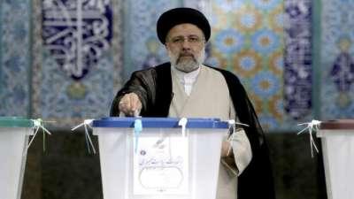 इरानमा राष्ट्रपतिका लागि मतदान शुरु, कट्टरपन्थी उम्मेदवारले जित्ने सम्भावना