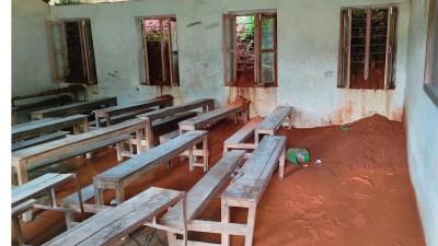 विद्यालय बगरमा परिणत, पठनपाठन ठप्प