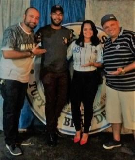 Rainha de bateria Gisela Aranha ao lado do Presidente Fabio Augusto, Vice-Presidente Fabiano e Helder Oliveira