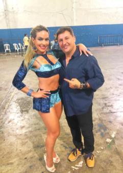 Arthur Franco e rainha de bateria Ignez Perla