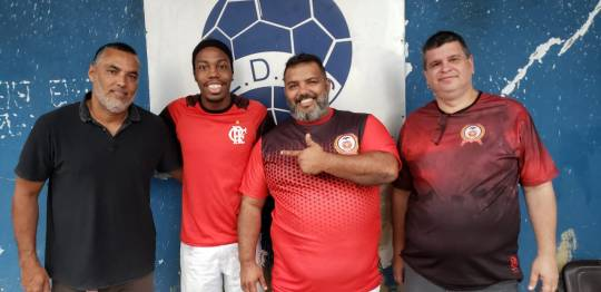 Da esquerda à direita: Vice-Presidente Zulu Peçanha, Mestre Taranta Neto, Presidente Serginho Aguiar e o Diretor Jurídico Dr. André
