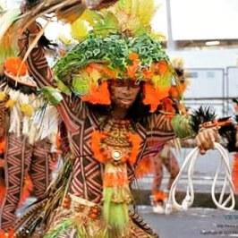 Como coreógrafo do Ato cênico do Gres Beija-Flor de Nilópolis, interpretando o Índio Poti do enredo Iracema