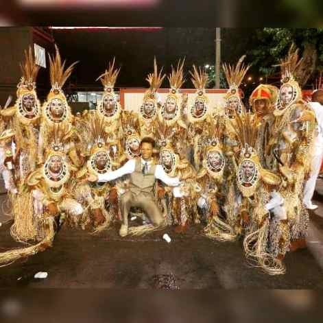 Comissão de frente do Gres União do Parque Curicica em 2013 - Sons Ancestrais, minha estreia no grupo A