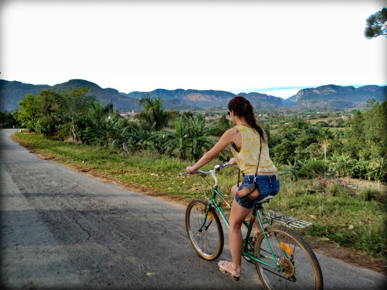 All you need is a bike - Viñales