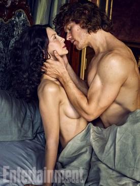 Outlander-Caitriona-Balfe-and-Sam-Heughan-05