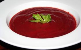 Beet & Leek Soup