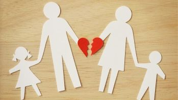 broers en zussen gescheiden
