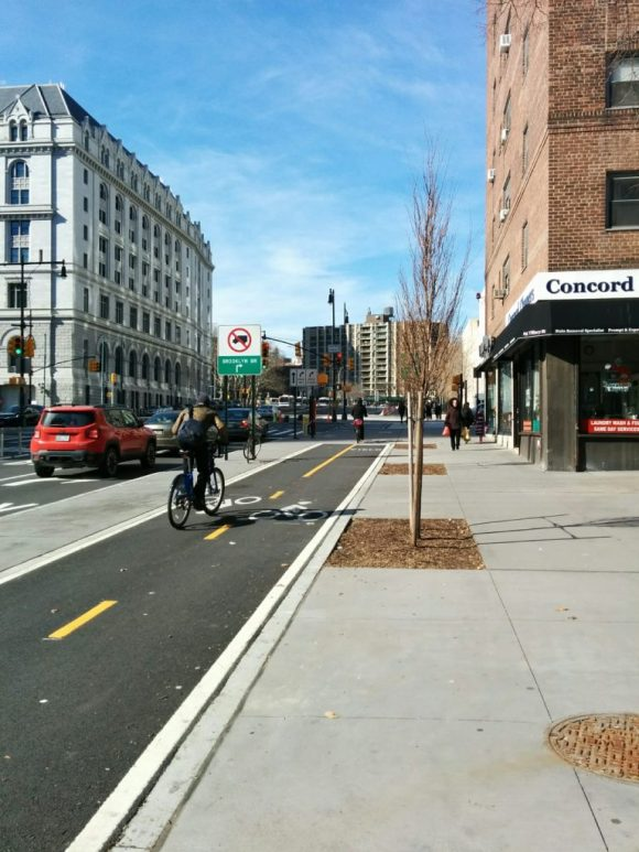 Separated cycle track in Brooklyn, NY
