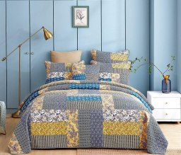 20 Best Coral Bedding Sets For Your Bedroom Decor